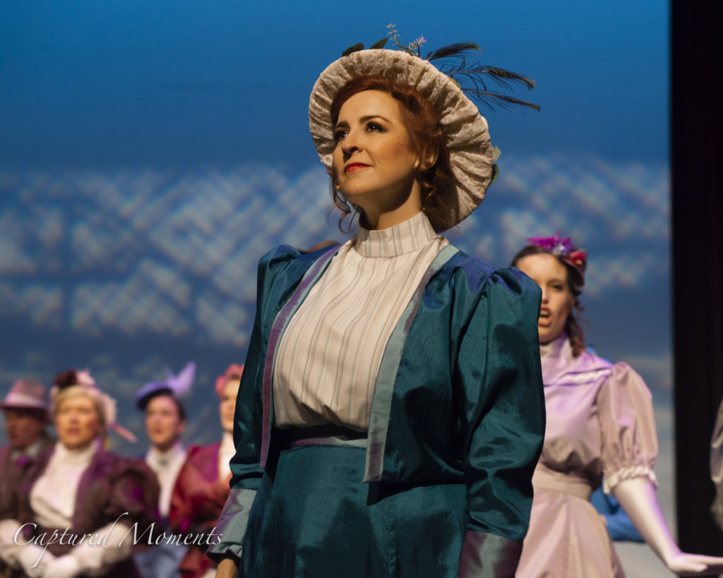 0020_20190529_Hello Dolly Foyer_KRB3407